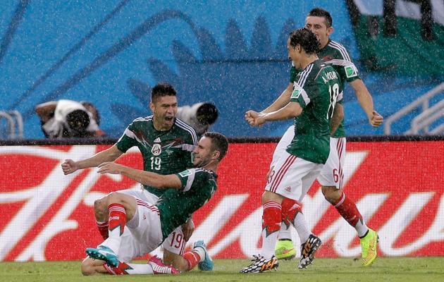 Oribe Peralta Mexico