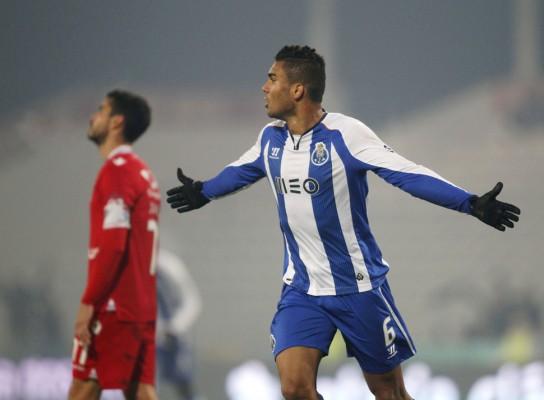 ... their Portuguese Premier League soccer match at Cidade de Barcelos  stadium in Barcelos January 3 ba044ca7509c4