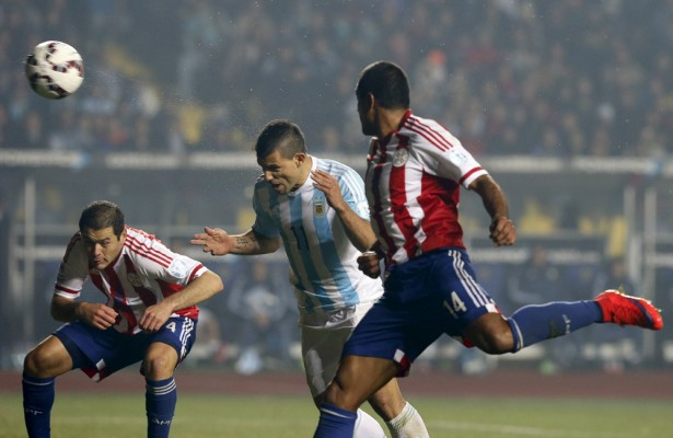 Glancing header by Aguero as Argentina score six - World Soccer