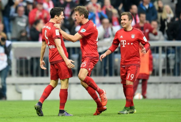 Robert Lewandowkski says Mario Gotze should stay at Bayern