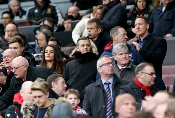 Wenger defends Jack Wilshere