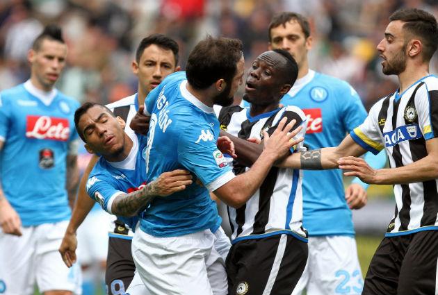 Napoli Higuain red card