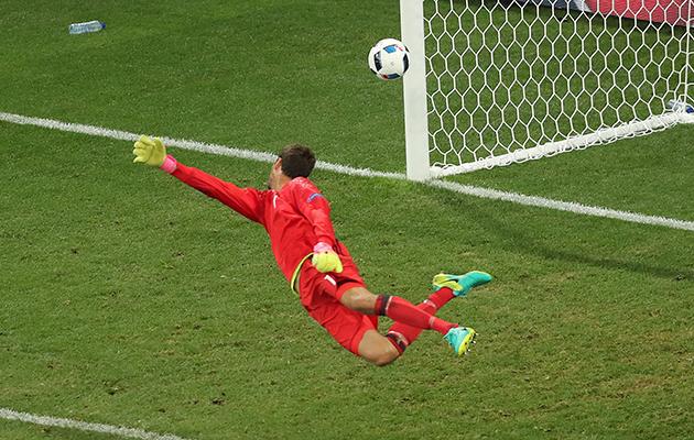 Sweden 0 Belgium 1