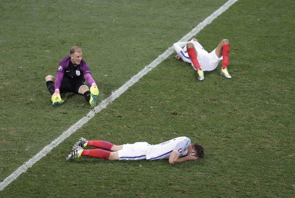 England 1 Iceland 2