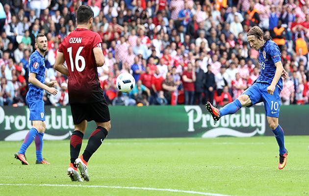 Luka Modric goal Croatia v Turkey