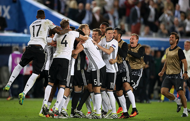 German 1 Italy 1 (Germany 6-5 on penalties)