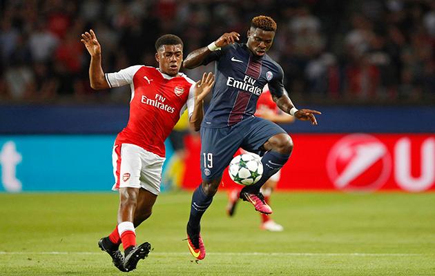 Serge Aurier Paris Saint-Germain Arsenal