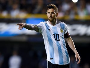 Lionel Messi Once Again Has The Weight Of A Nation On His Shoulders