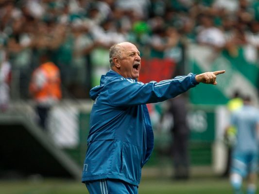 Palmeiras Coach Stoned By Own Supporters | Tim Vickery