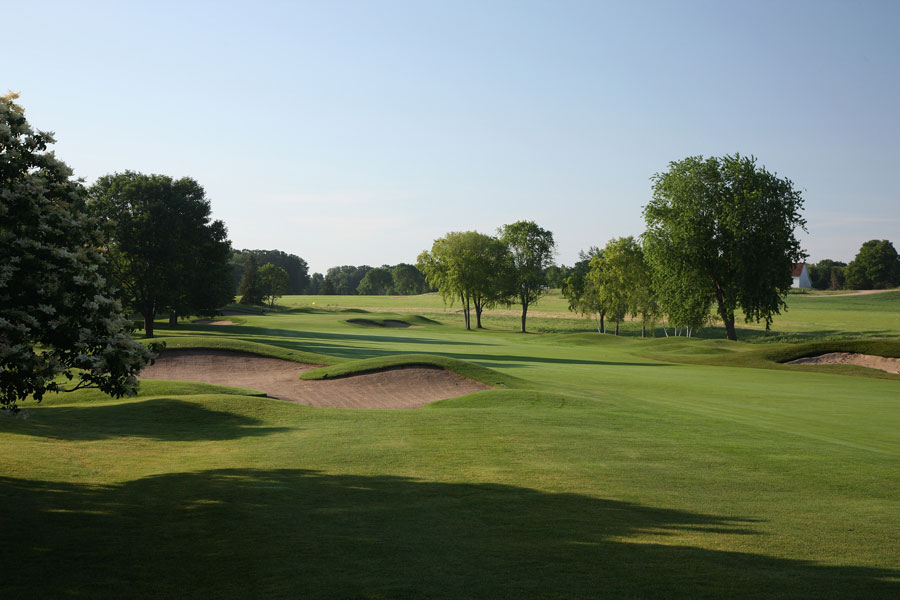 The 490 yard par-4 1st hole at Hazeltine