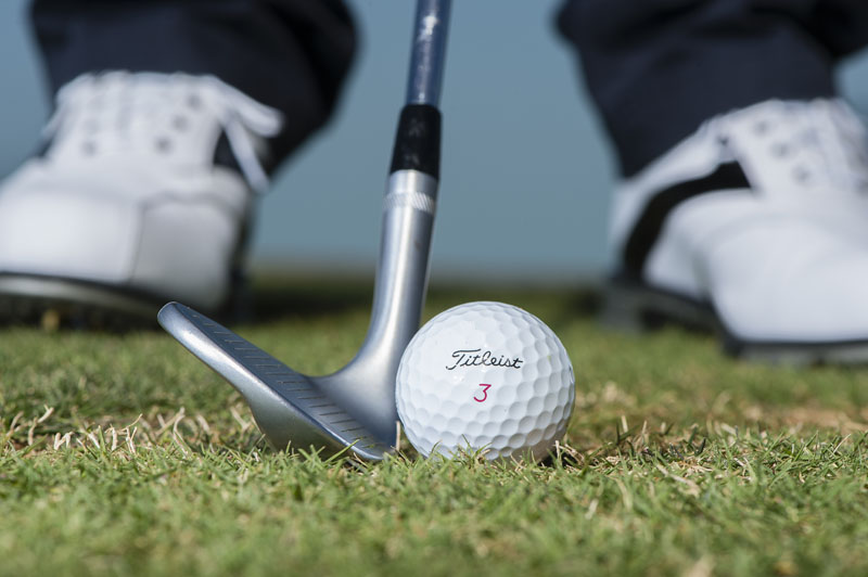 Difference between pitching and chipping - Golf Monthly