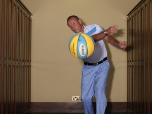 how to practice golf indoors