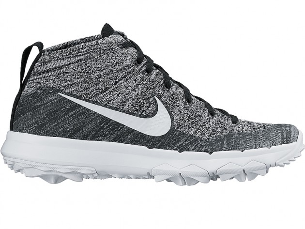 Nike Women's Flyknit Chukka shoe