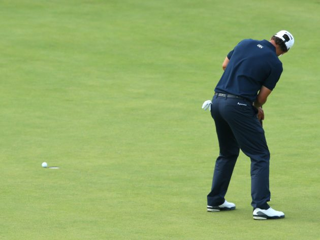 Adam Scott of Australia misses his par putt on the 18th green during the final round of the 141st Open Championship at Royal Lytham & St. Annes . Credit: Richard Heathcote/Getty Images) Opne choke