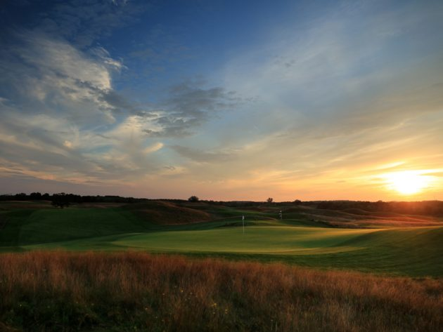 Erin Hills Hole By Hole Guide: Hole 8