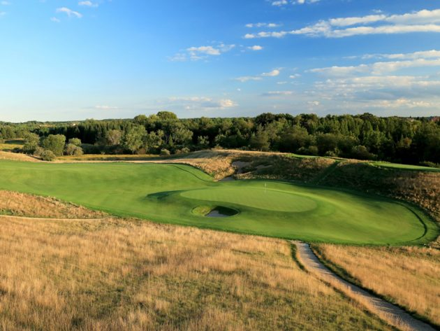 Erin Hills Hole By Hole Guide: Hole 2