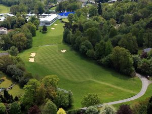 How to play the 18th at Wentworth