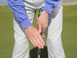 Should You Experiment With a Different Putting Grip?