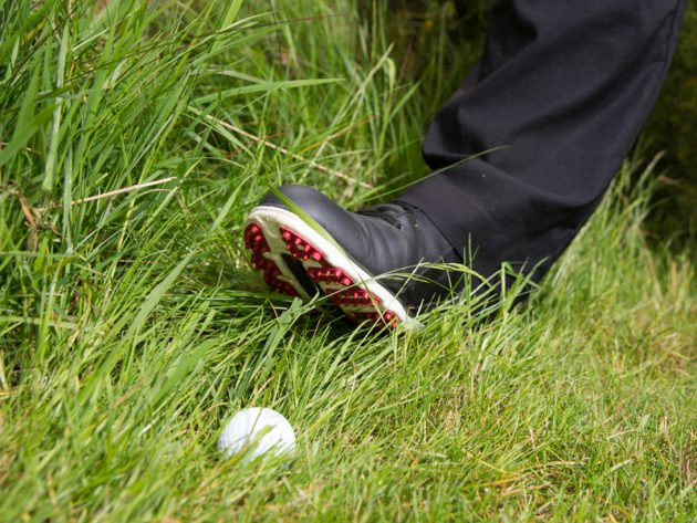 How to spot a golf cheat