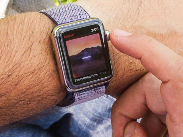 apple watch series 4 vs nike