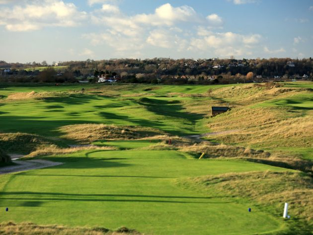 the best golf courses in sussex west sussex to goodwood. Black Bedroom Furniture Sets. Home Design Ideas