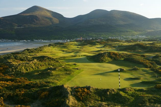 What Pitch and Putt In Contae Chill Mhantáin Would I Recommend For A Couples Getaway