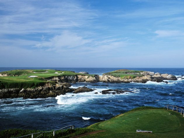 20 Of The World's Most Incredible Golf Courses