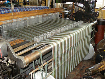 A machine for weaving tartan.