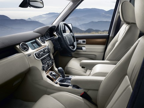 The Land Rover Discovery 4 interior