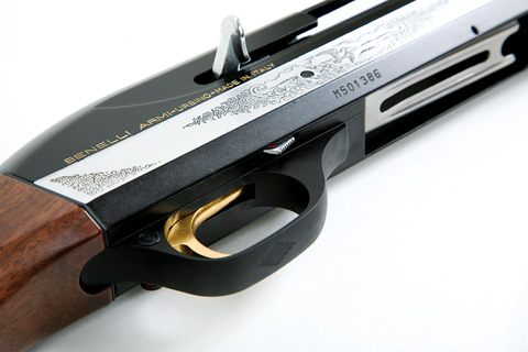Benelli Montefeltro shotgun trigger.
