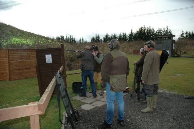 group clay pigeon shooting lesson