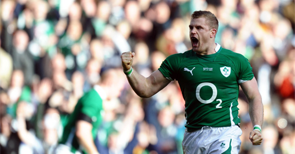 Jamie Heaslip celebrates scoring a try against England during the 2011 Six Nations