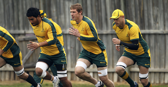 (L-R) Sitaleki Timani, Dan Vickerman and Nathan Sharpe during a training session at Coogee Oval
