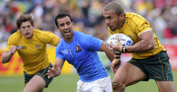 Ioane on his way to scoring a try against Italy