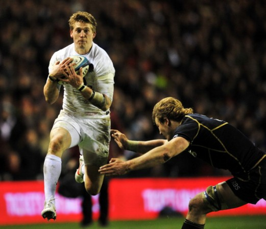 David Strettle will be desperate for some attacking ball