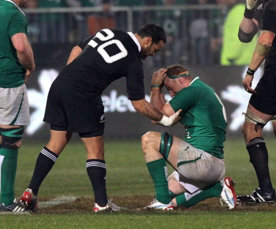 It's ok: Piri Weepu consoles Jamie Heaslip after a close second Test
