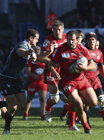 On the run: Hayman in action for Toulon