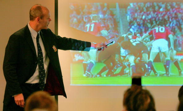 Evidence: Sir Clive points at foul play
