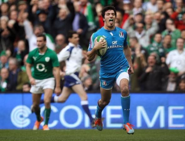 Winging it: Leonardo Sarto scored Italy's try