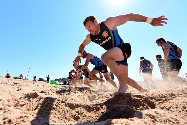 Life S A Beach Exeter Chiefs Get Put Through Their Paces On Exmouth
