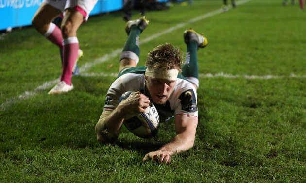 Dream debut: Brendon O'Connor goes over for a try against Stade Francais at Welford Road