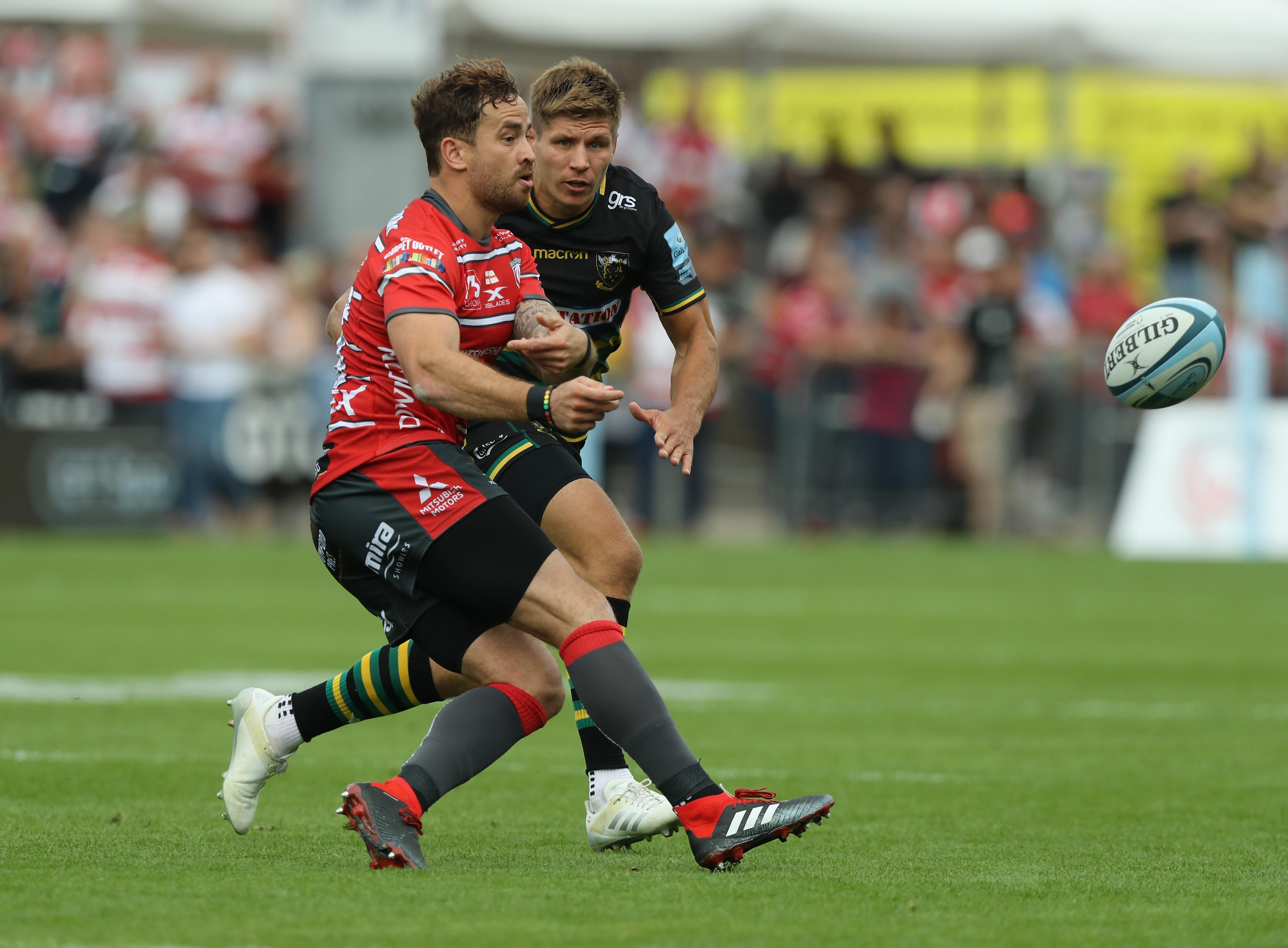 Danny Cipriani Wonder Pass Blows Spectators Away