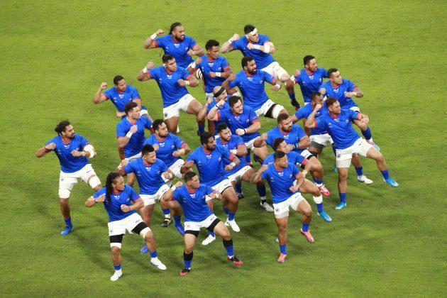 Samoa perform the Siva Tau
