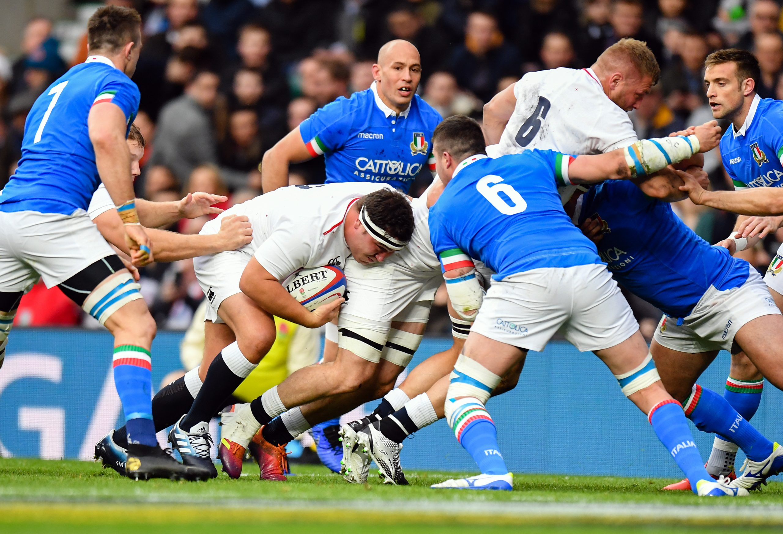 england v italy rugby betting odds