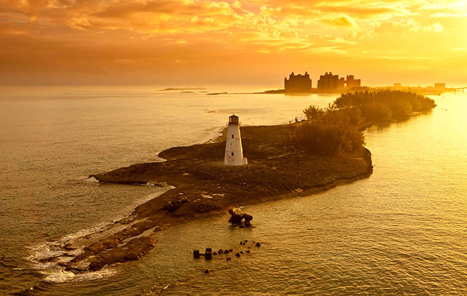 DA3BJJ lighthouse and resort on nassau, bahamas at dawn