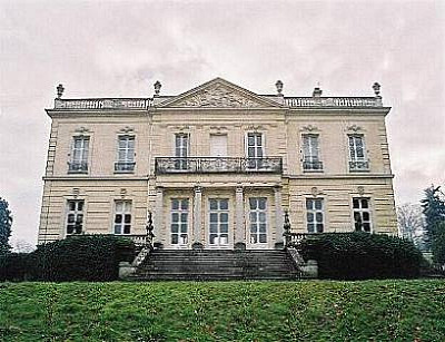 40-bedroom Chateau near Versailles