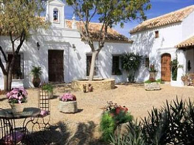300-year-old Spanish farmhouse for sale