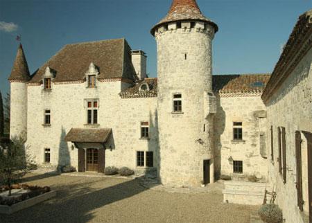 fairytale chateau lot et garonne