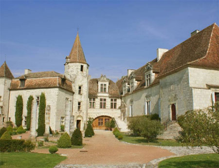 Perigord castle for sale