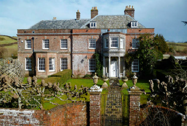 country house market in Dorset